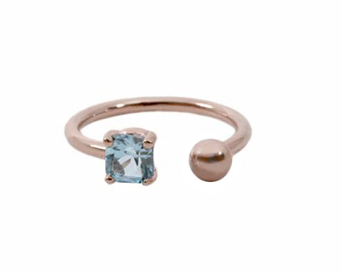 Anillo Topacio Azúl Oro Rosa 14K / Blue Topaz ring in 14K Rose Gold