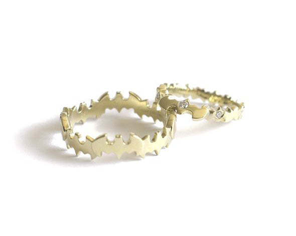 BATMAN WEDDING BANDS // ARGOLLA DE MATRIMONIO BATMAN