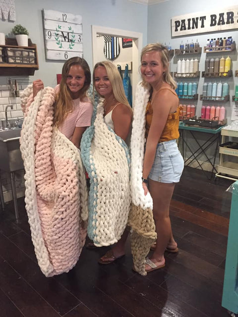 chunky  chenille knit blanket class workshop