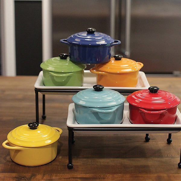"5"" Round x 3""H 8 oz. Stoneware Mini Baker w/ Lid, 6 Colors"
