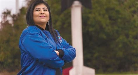 Aracely Quispe Neira - Peruvian astronautics engineer who was the first Latin American to command three missions in NASA.