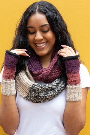 Arequipa Fingerless Gloves (Crimson Sky) - Huaywasi: Handmade in Peru