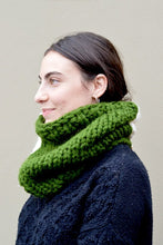 Load image into Gallery viewer, Color Blocked Chunky Infinity Scarf (Tight Fit) - Forest Green & White - Huaywasi: Handmade in Peru