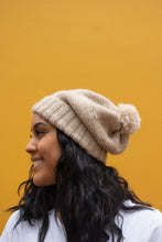 Load image into Gallery viewer, Arequipa Beanie (Oatmeal) - Huaywasi: Handmade in Peru