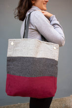 Load image into Gallery viewer, Daria Invierno Tote (Cranberry) - Huaywasi: Handmade in Peru
