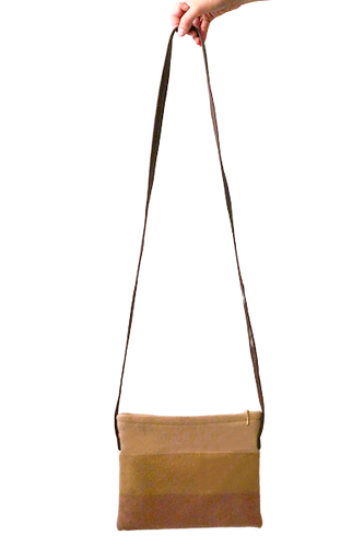 Daria Crossbody (Pale Peach) - Huaywasi: Handmade in Peru
