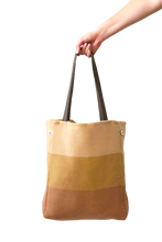 Load image into Gallery viewer, Daria Tote (Pale Peach) - Huaywasi: Handmade in Peru