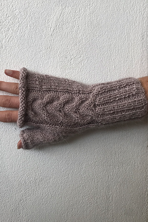 Tacna Fingerless Gloves (Midnight) - Huaywasi: Handmade in Peru