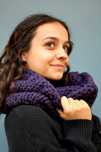 Chunky Infinity Scarf (Mauve) (Loose Fit)