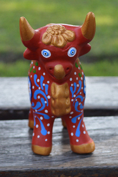 Large Pucara Bull - Red - Huaywasi: Handmade in Peru