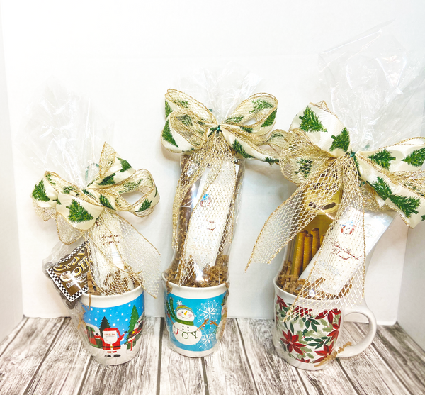 Holiday Mug Coffee Gift Set with Rolled Wafers
