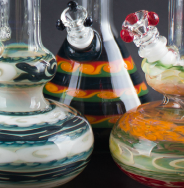 /collections/glass-bongs-water-pipes-and-bubblers