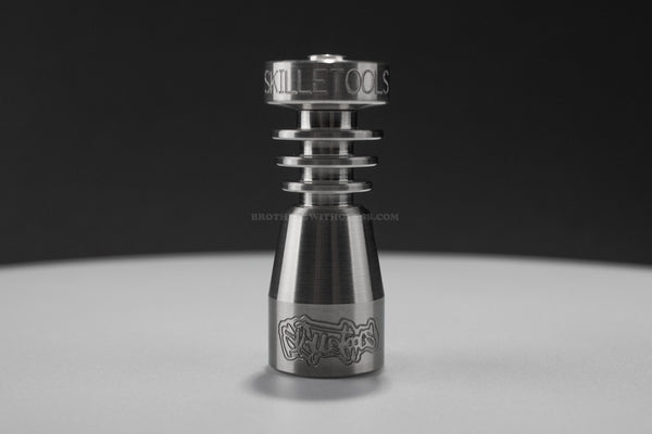 Skilletools Domeless Titanium Nail - 14/18mm Female - Brothers with Glass - 1