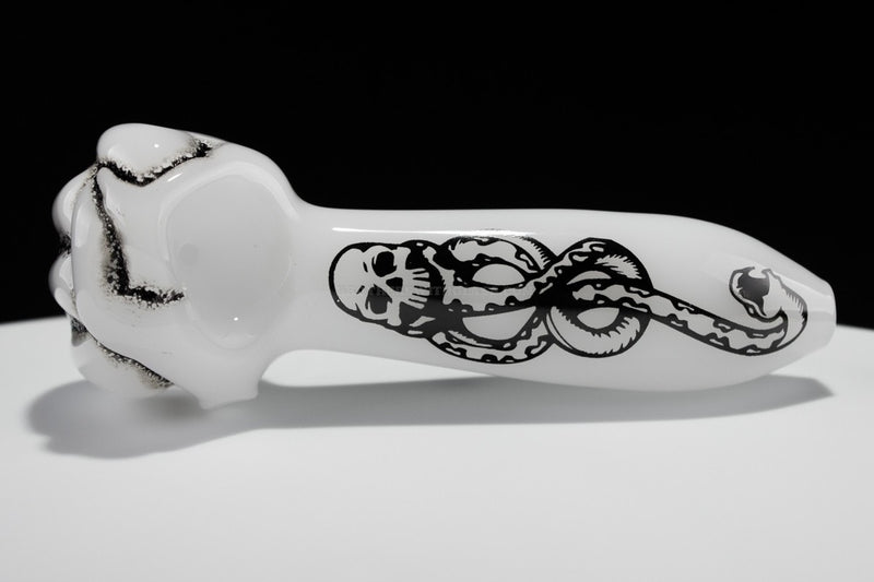 Chameleon Glass Death Eater Hand Pipe