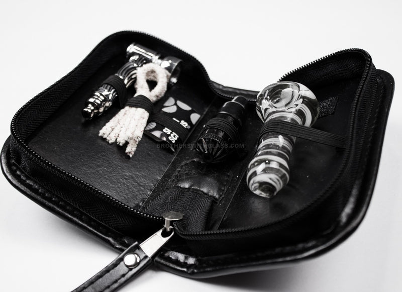 Smokers Travel Kit with Two Pipes in a Discreet Case