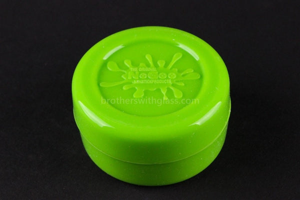 The Original NoGoo Large 10ML Non Stick Concentrate Container - Green - Brothers with Glass - 1