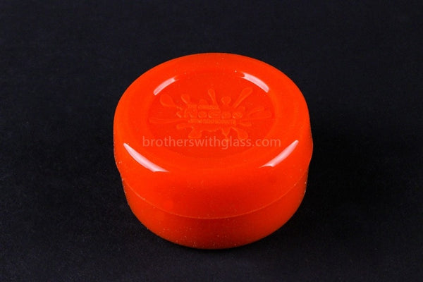 The Original NoGoo Large 10ML Non Stick Concentrate Container - Red - Brothers with Glass - 1