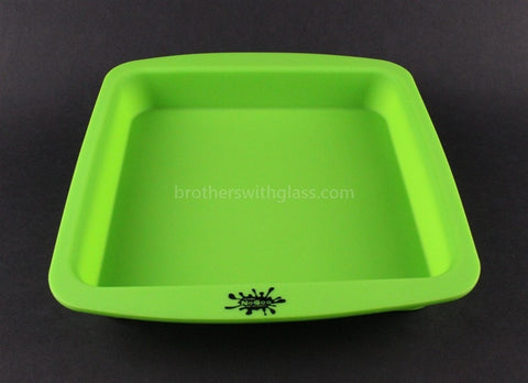 NoGoo Non Stick Concentrate Deep Dish Container- Green - Brothers with Glass