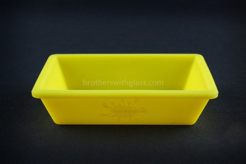 The Original NoGoo Non Stick Concentrate Dish - Yellow - Brothers with Glass