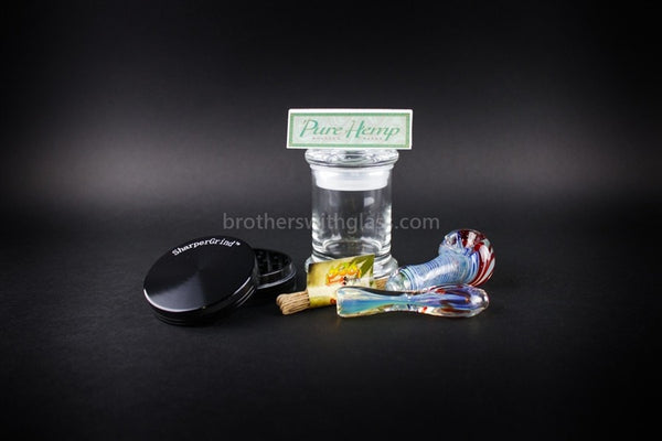 Smoker's Gift Set with 2pc Grinder - Brothers with Glass - 1