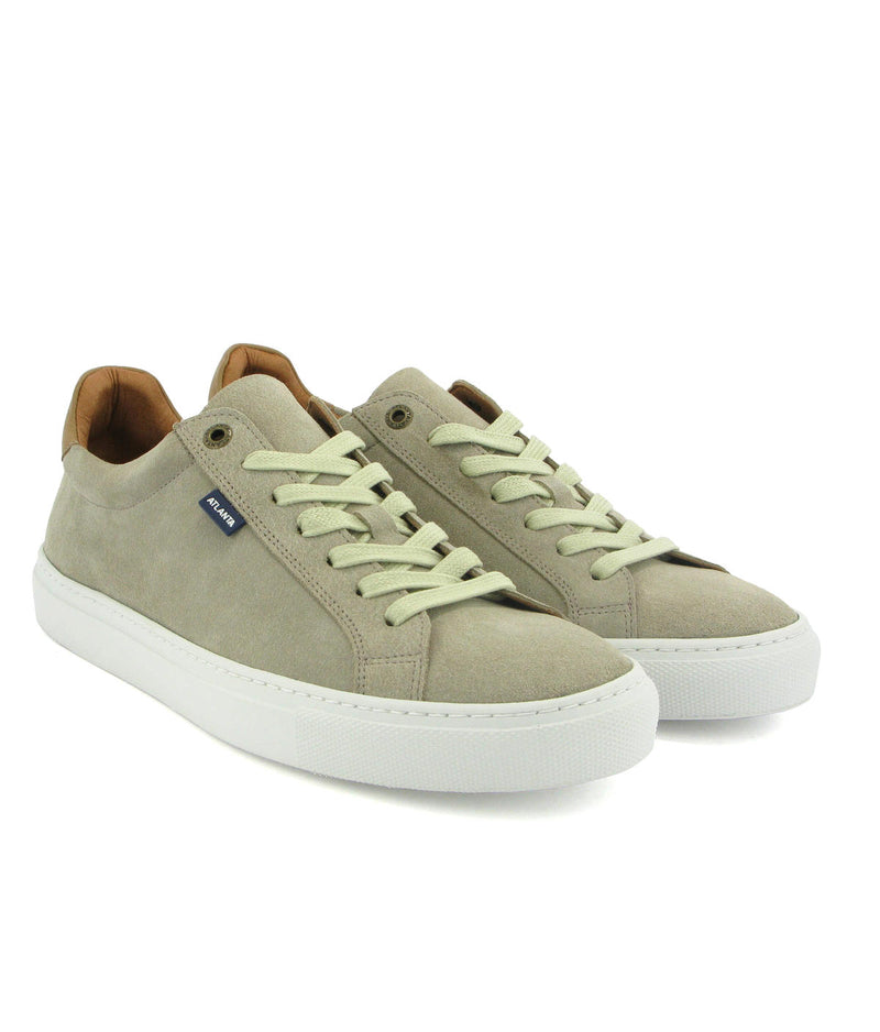 Tennis in Suede