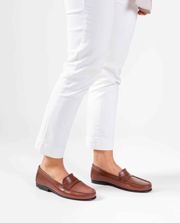 Yoki Loafers in leather