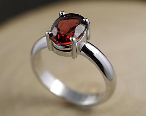 Garnet Ring-14 ct White Gold