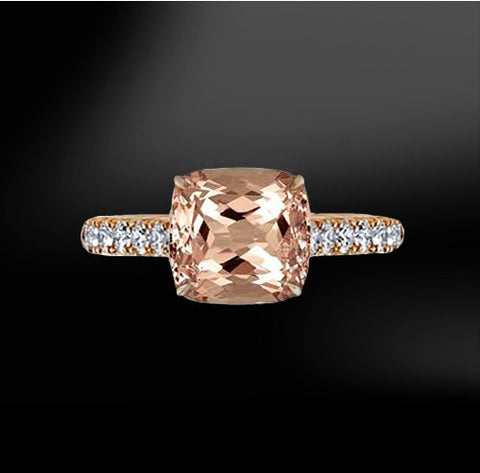 MORGANITE & DIAMOND Gold Ring