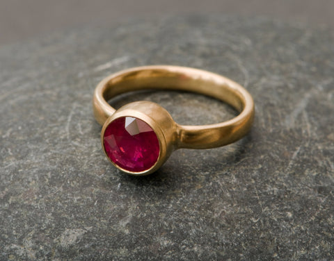 Ruby Ring in 18k Yellow Gold
