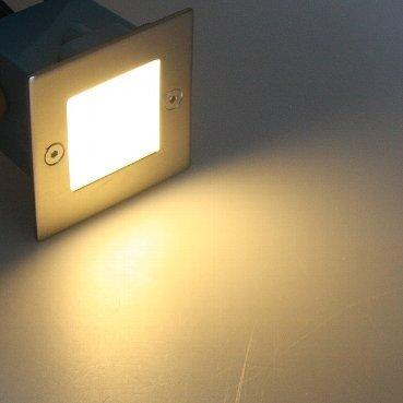 230 V IP54 LED Step Light, Stainless Steel – Suitable for Wall or Floor Mounting – Warm White (3000 K)