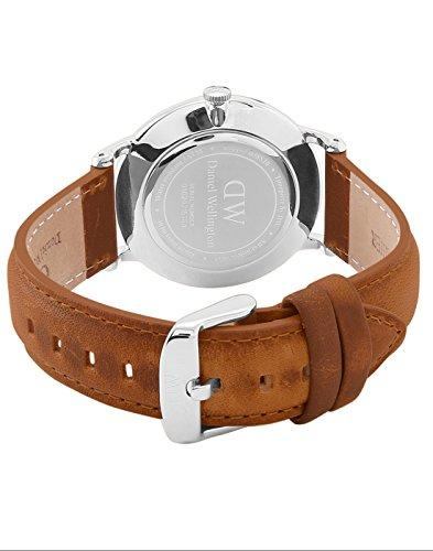 Daniel Wellington Dapper Men Quartz Watch with Analog Display and Brown Leather Strap - DW00100116