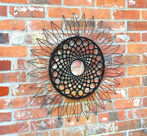 28in 'Sunflower' Metal Wall Art