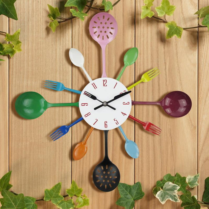 Creative Kitchen Set Metal Wall Clock