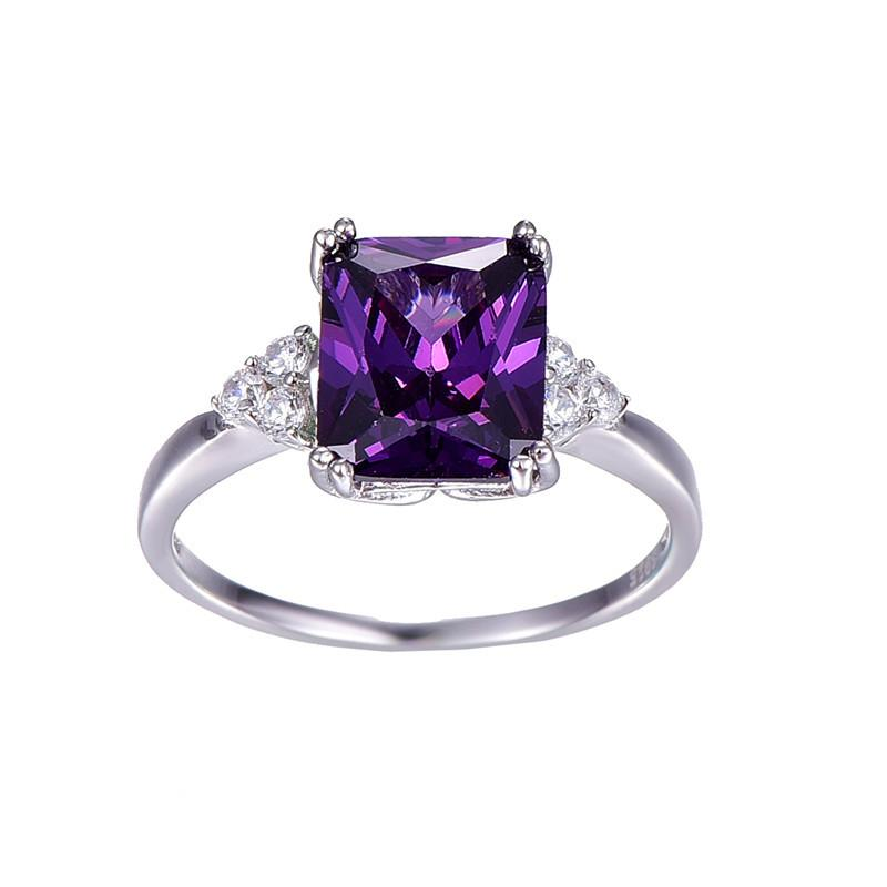Uioya Square Amethyst Ring