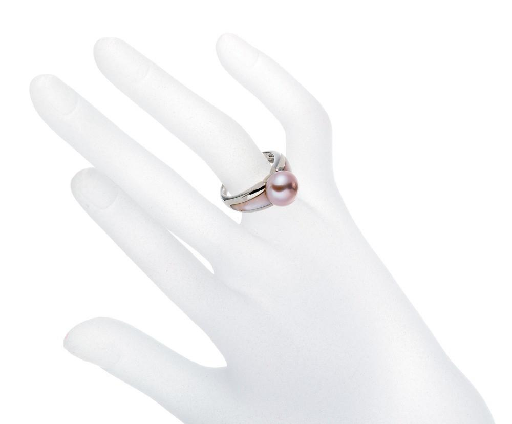 Isamu Pink Pearl & Mother of Pearl Ring