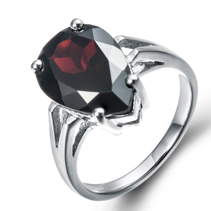 Regina Water Drop Black Garnet Ring