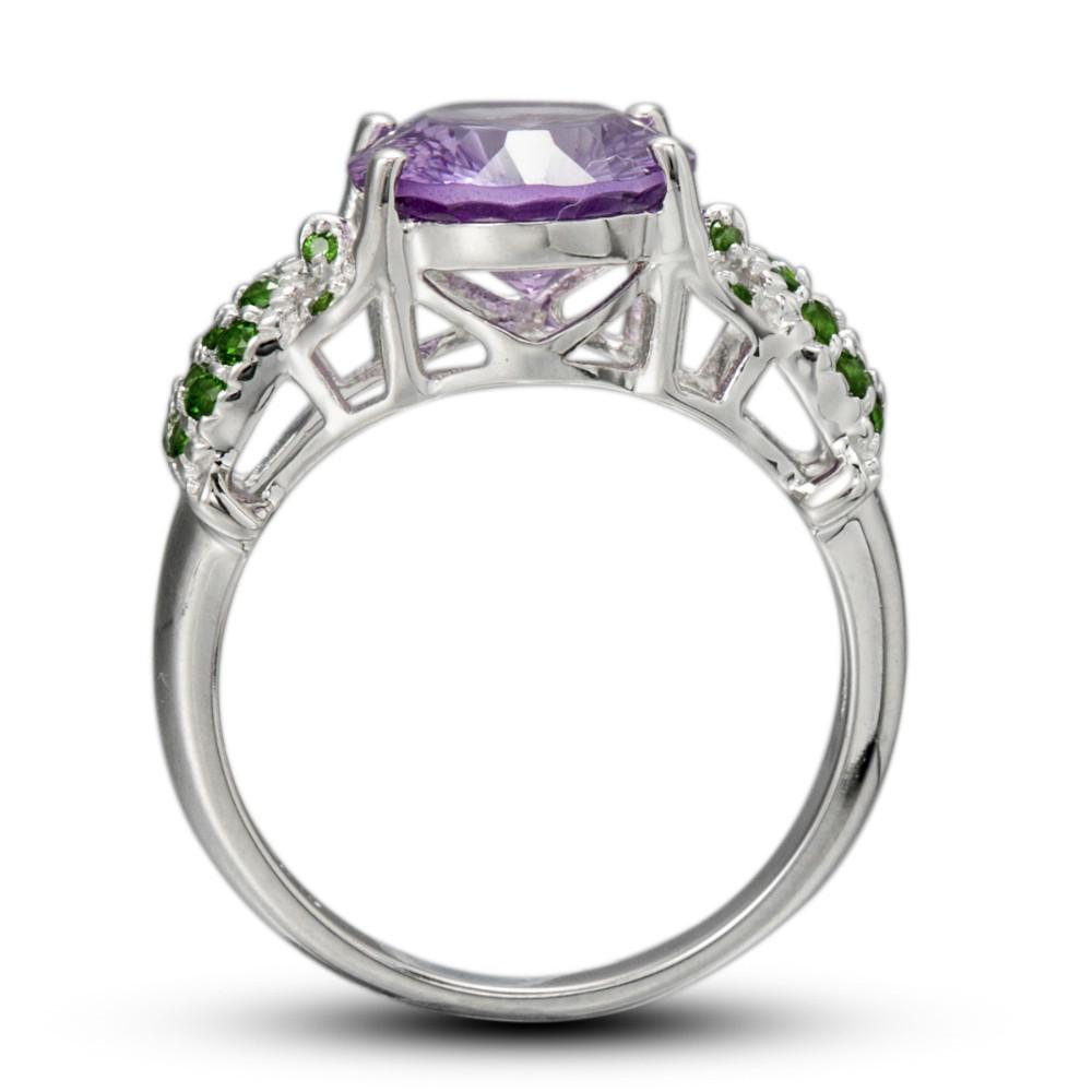 Intay Oval Amethyst Ring