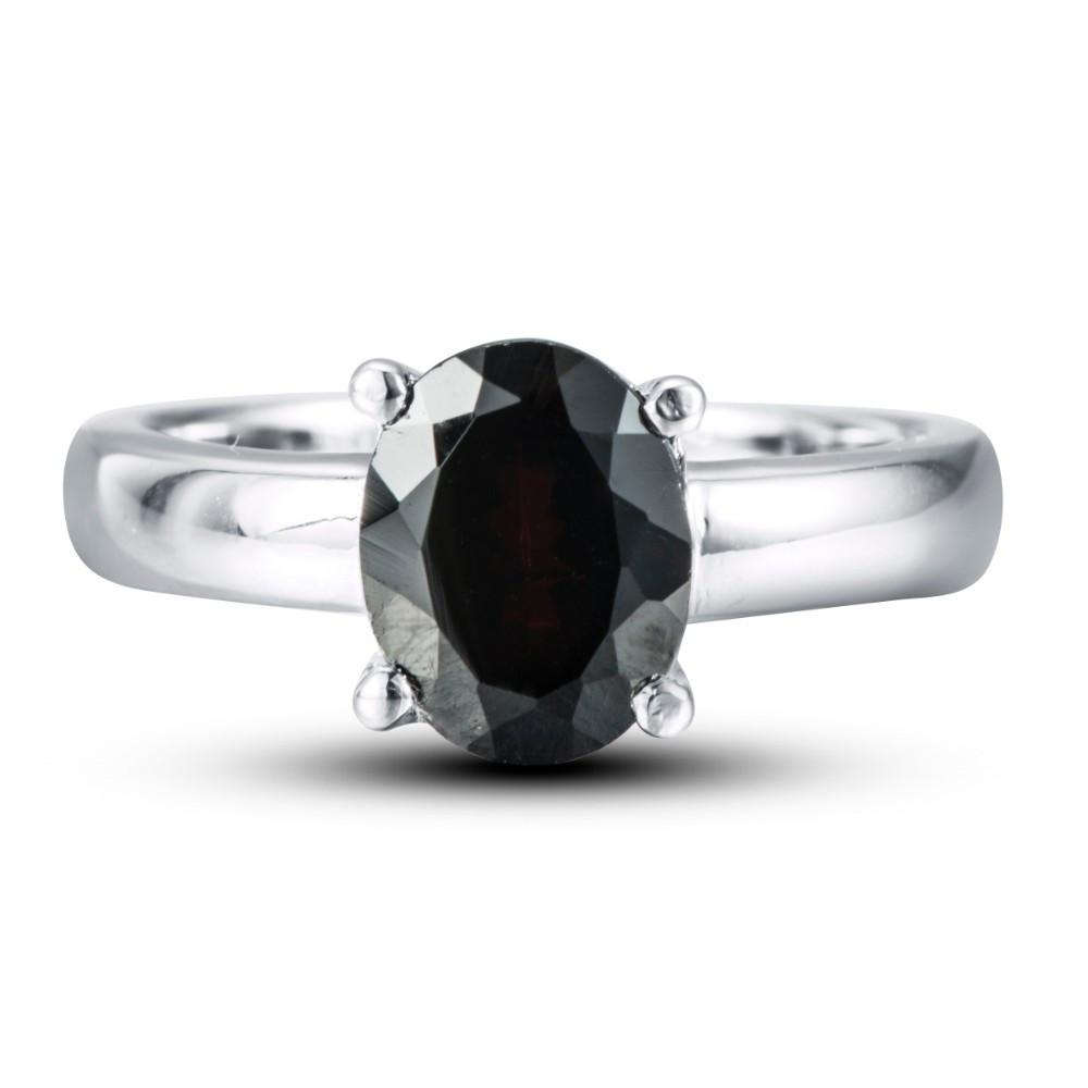 Klara Oval Black Garnet Ring