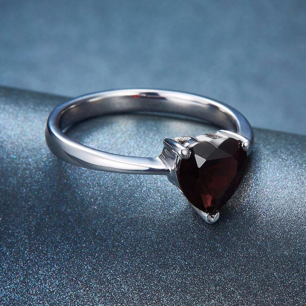 Marta Heart Black Garnet Ring
