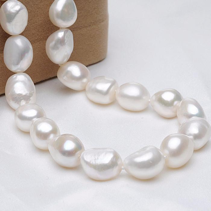 Huilang Baroque Choker Pearl Necklace