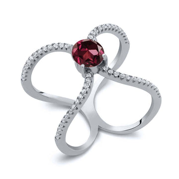 Bára Red Round Garnet & Zirconia Ring