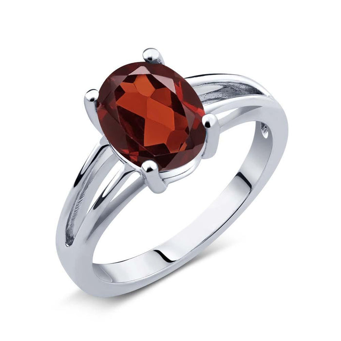 Andìla Red Oval Garnet Ring