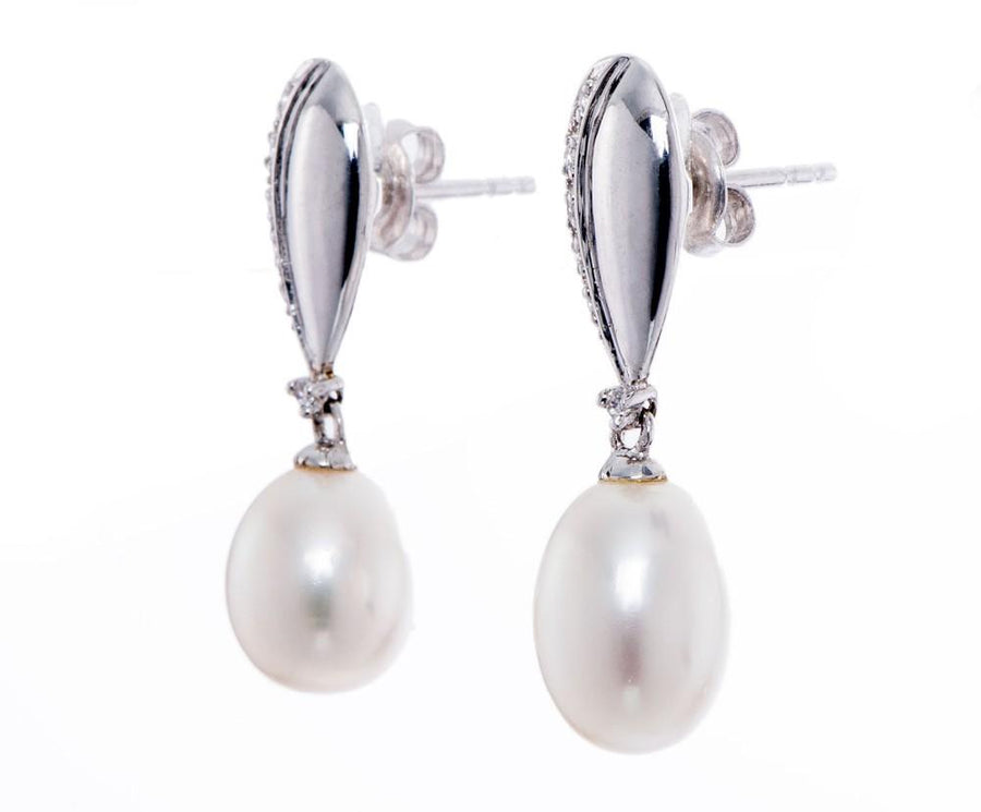 Clarisse White Pearl Drop Earring