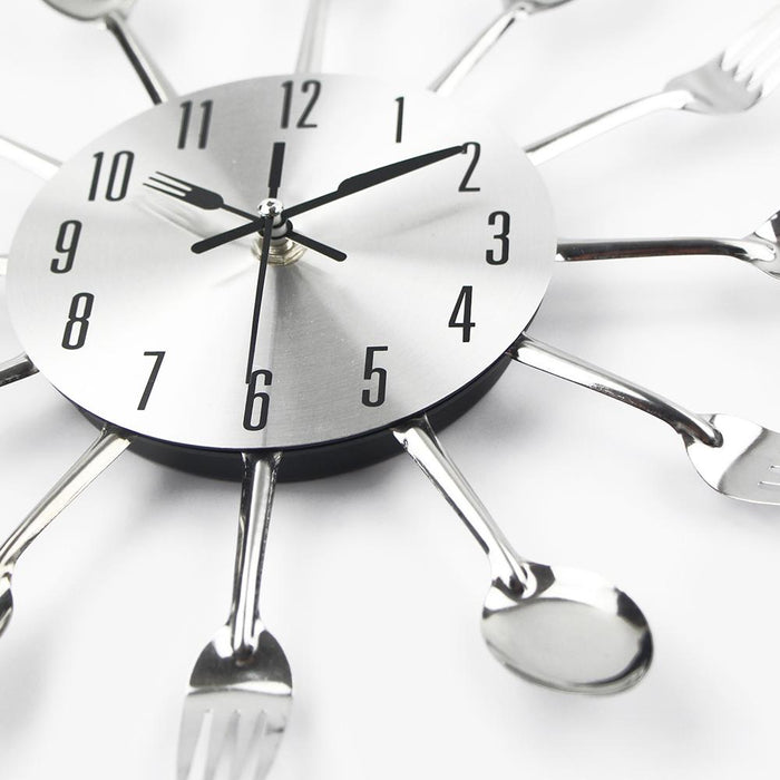 Modern Cutlery Metal Kitchen Wall Clock