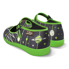 Chocolaticas® Virgo Women's Mary Jane Flat