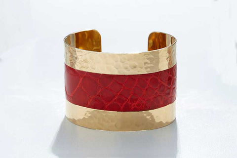 Arc Cuff - Hammered Gold - Alligator - Red