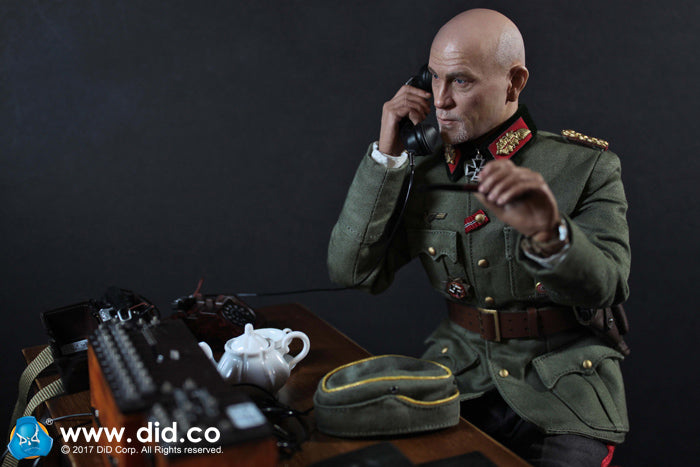 WWII - German Communications - FF33 Field Telephone