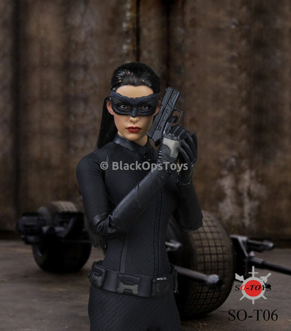 1/6 Scale The Dark Knight Female Catwoman Accessory Set (See Notes) Mint in Box