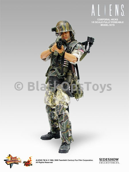 Aliens Colonial Marine Hicks Nude Body with Boots