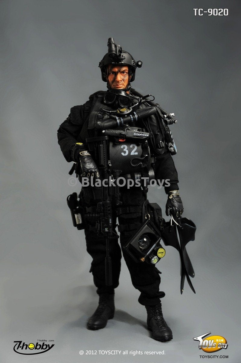 US Navy Seal SDVT-1 Combat Diver Male Base Body w/Head Sculpt